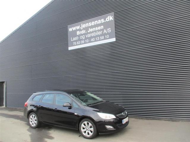 Opel Astra Sports Tourer 1,7 CDTI DPF Sport 110HK Stc 6g 2011<br/>Km: 182000