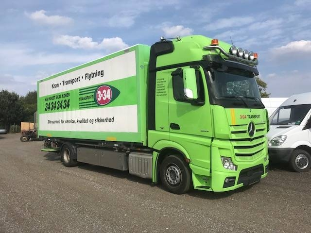 Mercedes-Benz Actros 1833 4X2 AUT. SOVEKAB. VEKSELLAD 2014<br/>  Km: 142.000