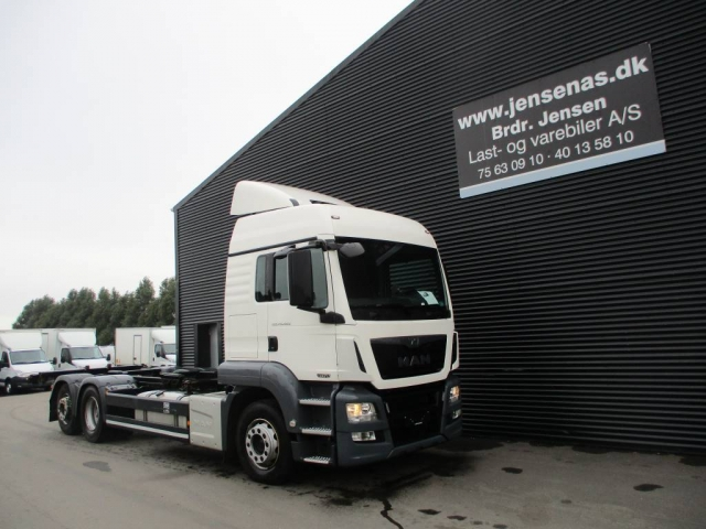 MAN TGS 26.480 6X2 CHASSIS AUT, 2013<br/>  Km: 382.000