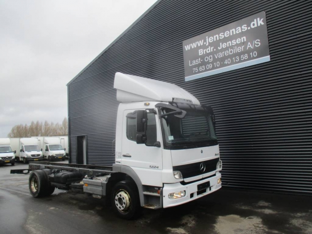 Mercedes-Benz ATEGO 1224 chassis BLUETEC 4 2007<br/>  Km: 71.000