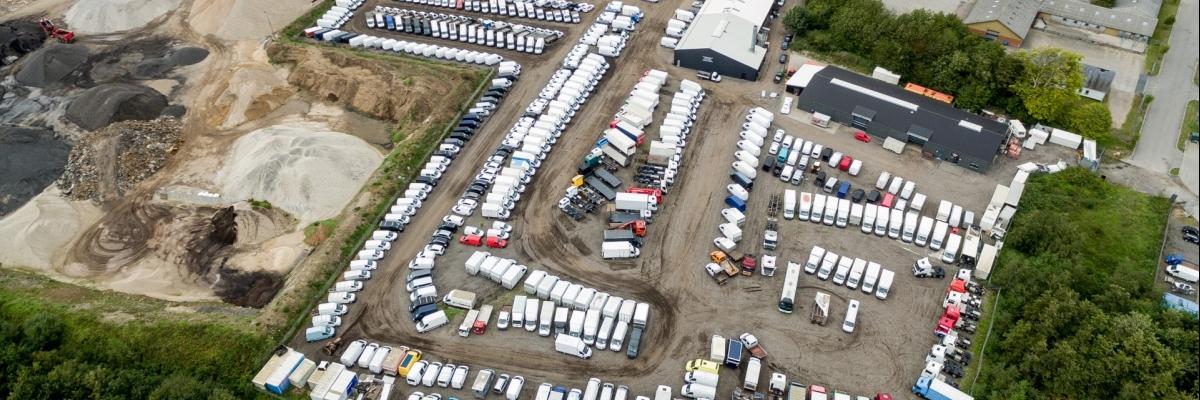 Salg af last- og varebiler hos bilforhandler Brdr  Jensen A/S