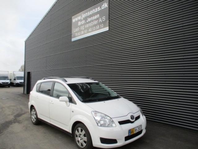 Toyota Sportsvan 2,2 D-4D 136 Sol 2007<br/>Km: 195000